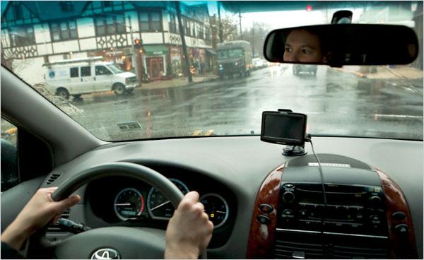 пожилые водители за рулем
