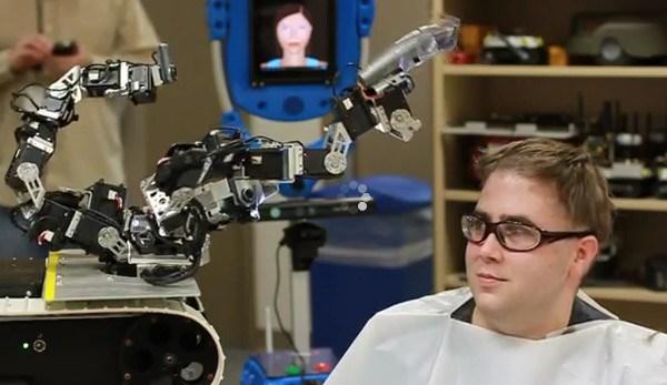 робот-парикмахер