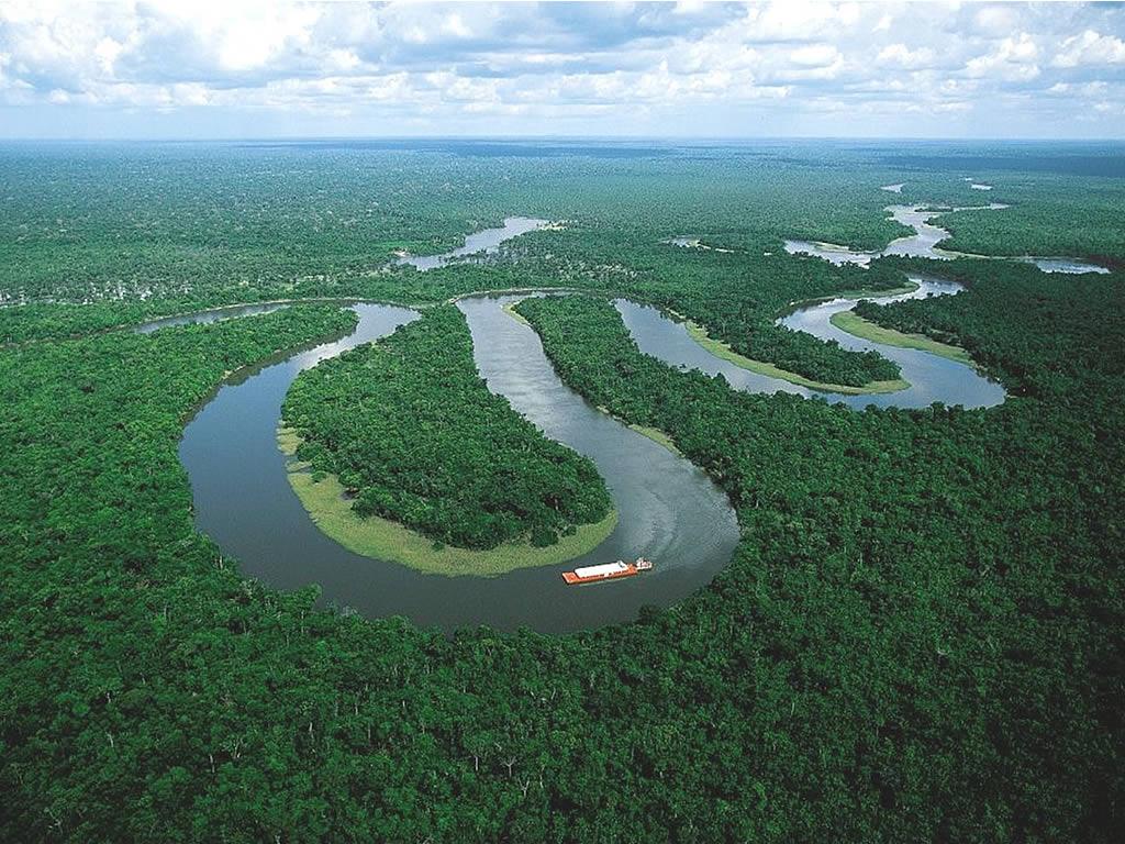 самая многоводная река мира