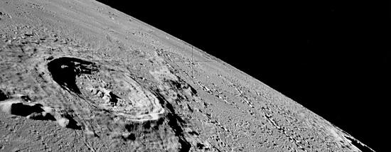 кратеры лунной поверхности